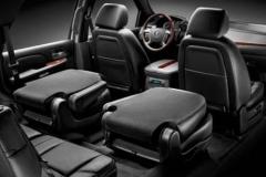 Cadillac_Escalade_interior_2